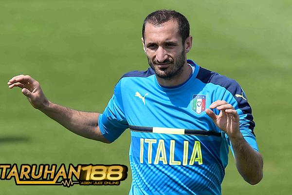 Chiellini Sebut Gaya Guardiola Bawa Pengaruh Buruk Bagi Bek Italia