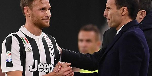 Hoewedes Akhirnya Jalani Debut Sebagai Starter Bersama Juventus