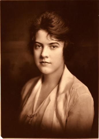 Portrait of Evelyn Hazen