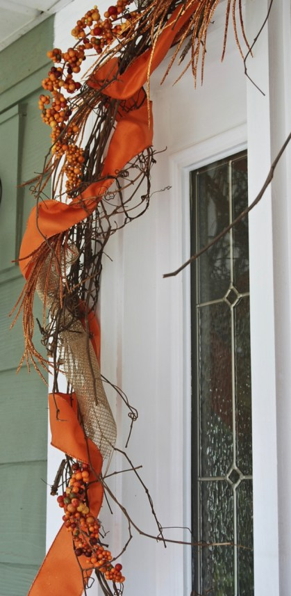 fall-grapevine-garland-detail