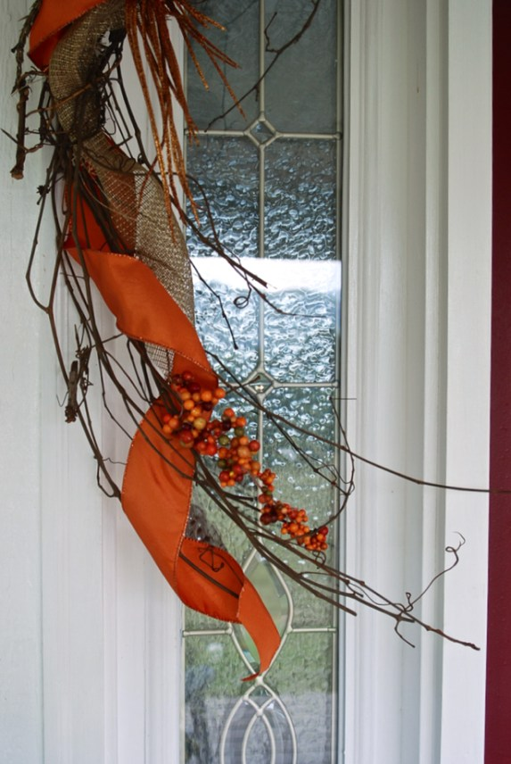 grapevine-garland-detail