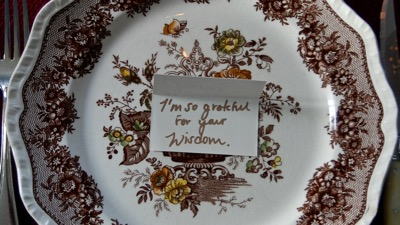 use place cards to deliver a gratitude message on your Thanksgiving table.