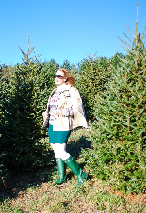 A vintage ski sweater, green hunters, wool mini, and trench cape make this the perfect preppy holiday outfit for a picnic on the tree farm!