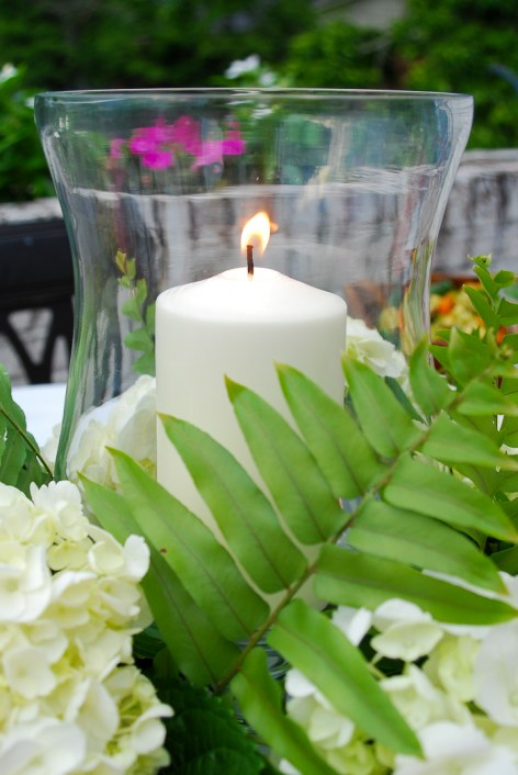 How to create this hydrangea centerpiece with hurricane lantern