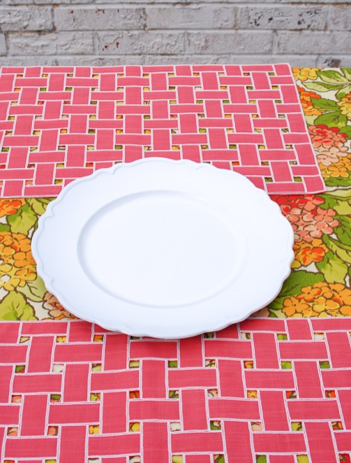 Step 1 to create hydrangea centerpiece lay white plate on table