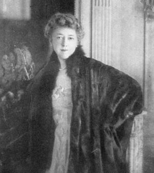 Photograph of Elise de Wolfe