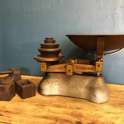 Large Avery Shop Scales 1 of 2