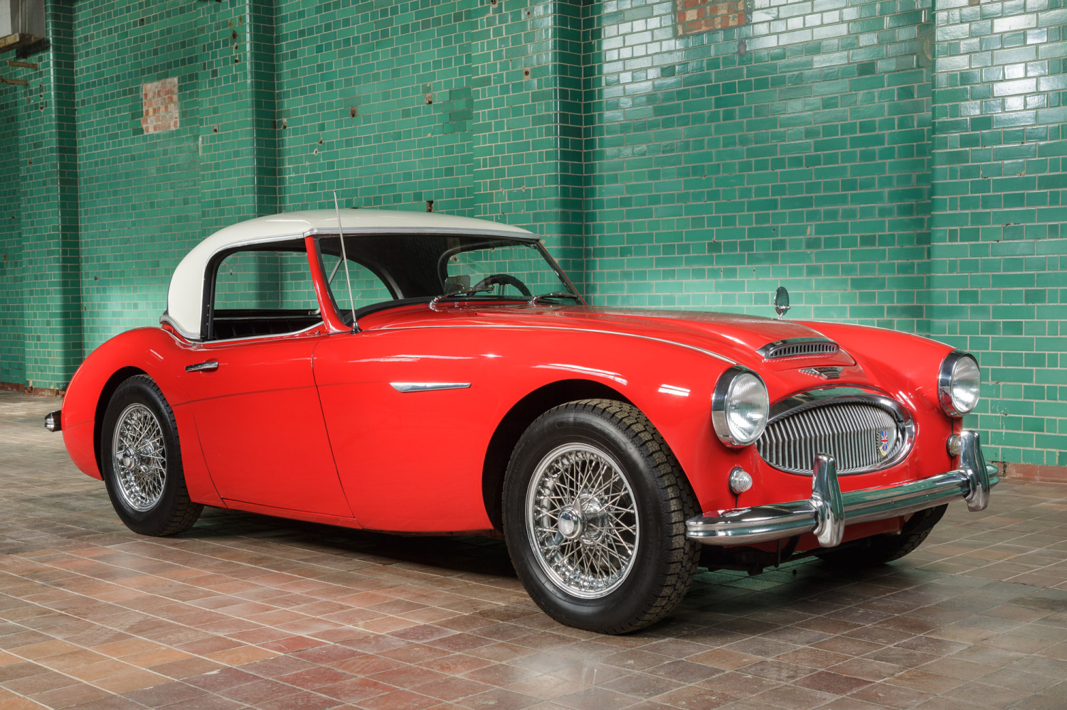 1961 Austin Healey 3000 MKII      Pendine Historic Cars     chassis HBT 16625 was built in November 1961  arriving in Texas in  early 1962  An exceptionally straight example of the great Austin Healey  3000