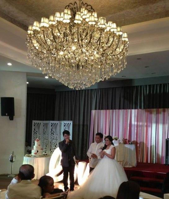 wedding host mark de assis