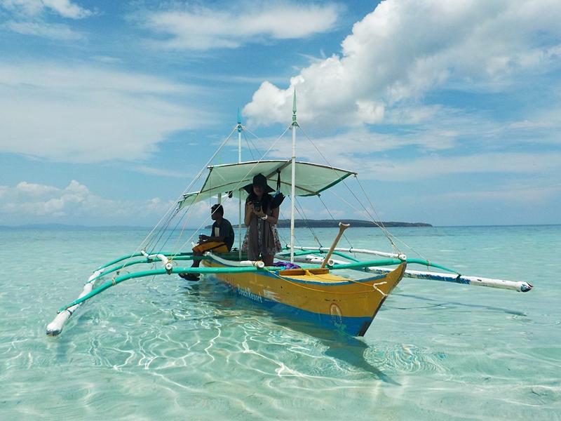 maniwaya-island-palad-sandbar