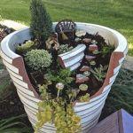 Mini Pot Sebagai Solusi Halaman Sempit