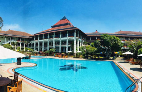 Royal Orchids Garden Hotel - www.booking.com