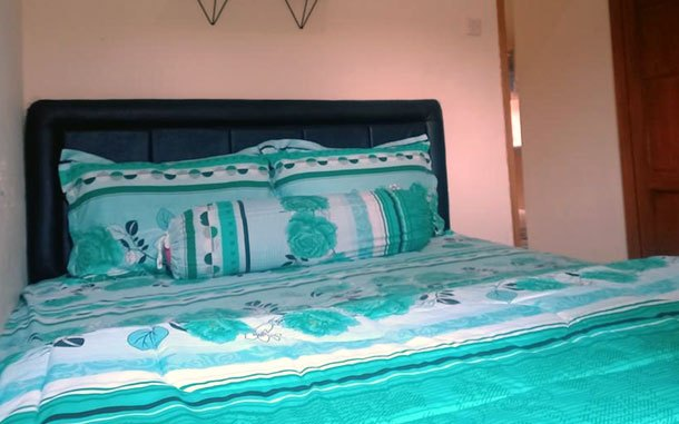 Fasilitas kamar Villa Angel (sumber: booking.com)