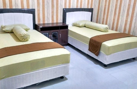 Kamar twin di Homestay Jauhara 3 (sumber: booking.com)