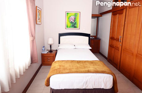 rumah the priangan - hikersbay.com