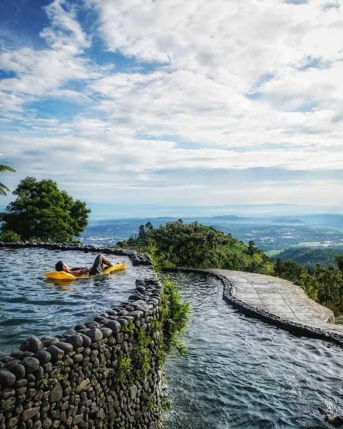 kolam renang umbul sidomukti semarang