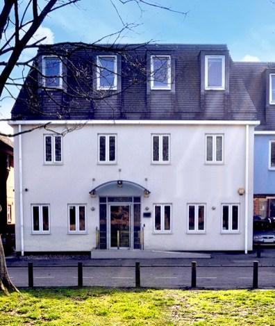 Riverside_House