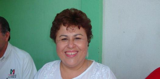 Unidad interna para buscar alianzas pide Esthela Ponce