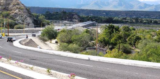 Inaugura NAM boulevard y puente de acceso a la comunidad de Santiago