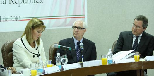 Nueva política migratoria fortalece competitividad: SECTUR