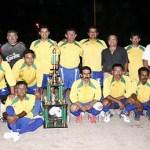 """Camulocopa Yaquis bajo la dirección de Salvador """"Chava"""" Manríquez se proclamó campeón de campeones del Grupo """"A"""" en el futbol de Veteranos."""