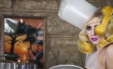 Lady Gaga, se roba hasta los calzones