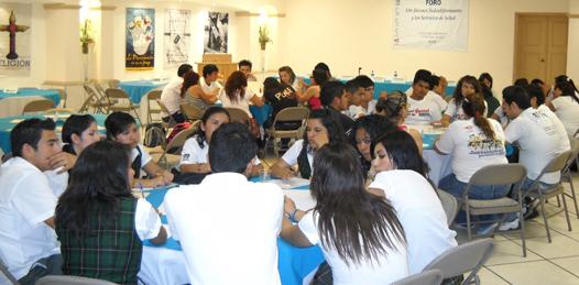Formulan jóvenes preparatorianos propuestas a los servicios de salud en el Estado