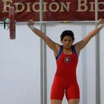 Adilene Orozco inició la prueba de arranque con 66 kilos, luego falló al intentar levantar los 70 kilos, lo que motivó al cambio de estrategia por parte de la entrenadora Evelyn Castillo García.