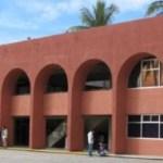 Como ya se informó el posible desvío o la presunta irregularidad en el manejo de recursos en el área de biblioteca, está en manos de la Contraloría Interna de la institución, que tendrá a su cargo hacer el dictamen respectivo.