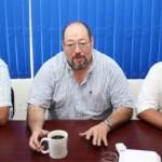 En conferencia de prensa el dirigente estatal del partido Convergencia, Álvaro Fox, afirmó que contenderá por la diputación del tercer distrito.