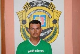 Arrestan a taquero por llevarse pick up sin permiso