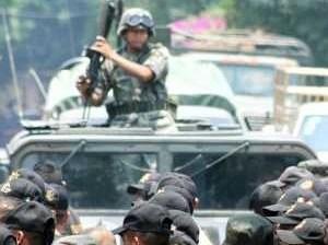 Aprehende Ejército a presuntos líderes del narcomenudeo comundeño