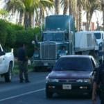 Destrabado el conflicto entre transportistas, ayer se levantó el plantón del palacio de gobierno, la autoridad se comprometió a que regresarán a laborar el 21 de julio próximo.(Cuitláhuac Muñoz).