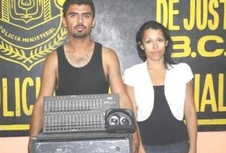 Detenidos vendiendo equipo de sonido robado