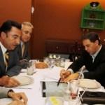 En reunión de trabajo con el presidente de la Fundación Teletón Fernando Landeros y patronos de la Fundación Teletón, el gobernador Narciso Agúndez fue informado del diseño y equipamiento del CRIT Bicentenario BCS 2010, construido con el impulso de la administración estatal.