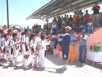 Lanza convocatoria el futbol La Paz