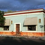 """Para el día jueves 7 de octubre, la galería ofrecerá un cóctel de joyería, donde obra reciente se venderá a precios escandalosos, a partir de las 6 de la tarde. Para mayores informes, acuda a galería """"Galería"""", en Revolución, esquina con Juárez."""