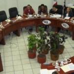 El Consejo General del IEE aprobó por unanimidad sancionar con apercibimiento público al precandidato del PRD a la alcaldía de La Paz, Benjamín De la Rosa Escalante, denunciado por el PAN por actos anticipados de precampaña.
