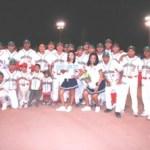 Todos Santos abrió con triunfo ante Los Cabos 10-5 en el campeonato estatal de beisbol primera fuerza.