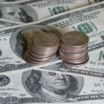 En los aeropuertos de San José y La Paz, ya no recibirán dólares a partir del 11 de septiembre