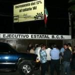 """El dirigente estatal del PRD, Adrián Chávez aclaró que Covarrubias no manifestó su deseo de abandonar las filas del sol azteca sino simplemente de salirse del proceso de selección de candidatos, pues lo consideraba """"desgastante y tenso""""."""