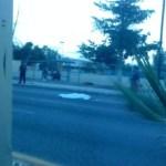 Así quedó tendido el cadáver de Arturo Eusebio Estrada Aguilar en el pavimento.(Víctor Martha).