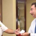 Recursos por dos millones de pesos entregó el gobernador Narciso Agúndez al Tecnológico de La Paz y la UABCS para la incorporación de alumnos de ambas instituciones a la empresa desarrolladora de software UNIVISIT.