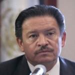 """""""Los partidos no son capillas, a los partidos se ingresa voluntariamente y se va uno voluntariamente también"""" aclaró Navarrete Ruiz-"""