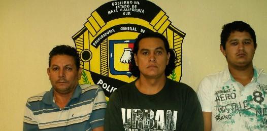 Presenta la PGJE a los secuestradores del empresario cabeño