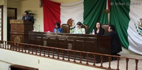 Este jueves 18 de noviembre, en el Congreso del Estado, fue acreedora a la medalla María Dionisia Villarino Espinoza 2010, la licenciada María Teresa García Pelayo, por su lucha a favor de la equidad de género.