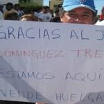 Ex trabajadores del restaurante-bar La Pazlapa se amotinaron ayer por la tarde frente a la representación del Poder Judicial de la Federación, exigiendo que no proceda la sentencia dictada por los tribunales federales.