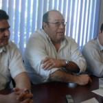 Respecto a la candidatura por la gubernatura del Estado, Álvaro Fox mencionó que ha mantenido pláticas con Luis Coppola pero aún no han concretado nada por lo que siguen abiertos a quien desee contender desde la trinchera de Convergencia.