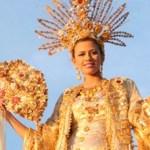 """Aunque no hay dinero suficiente para pagar a los trabajadores, sí alcanza para continuar con los preparativos del carnaval 2011 que llevará por tema """"Naturaleza Viva""""."""