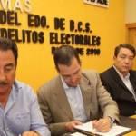 En un acto encabezado por el gobernador Narciso Agúndez y el titular de la FEPADE José Luis Vargas, el Gobierno del Estado y esa dependencia firmaron el programa de Trabajo Específico para la prevención, atención y seguimiento de denuncias de delitos electorales de cara al proceso lectoral vigente.
